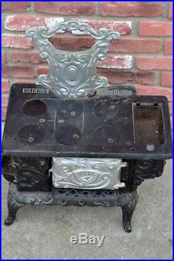 Antique BUCK'S JUNIOR No. 2 Cast Iron Toy Stove Salesman Sample 19th c. 1800's