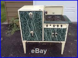 Antique Gas Magic Chef Porcelain 4 Burner & Oven Left Stack Stove