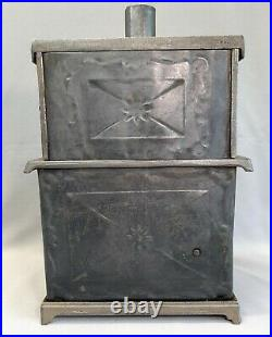 Antique Kenton Toys Novelty Cast Iron & Tin Stove Salesman Sample Pot Pans Etc