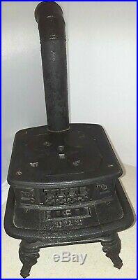 Antique PET 1800s Cast Iron Salesman Sample Child's Toy Stove All Original
