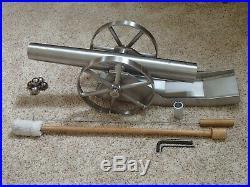 Black Powder Cannon-Battle Born Cannons M-78 Auger 1-1/2 Bore 3/4 mile range