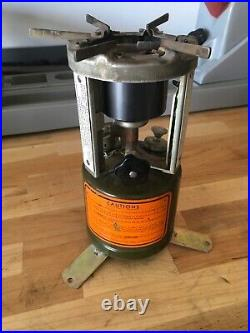 Coleman 520 pocket stove made by American 1944 good condition working
