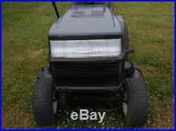 Craftsman Garden Tractor 18HP 44 Inch Deck High Low Range Runs Good