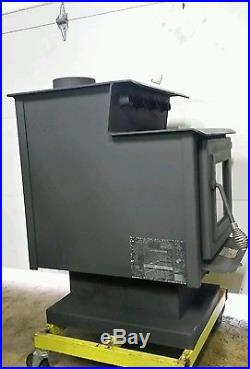 Dynamite heavy england Wood Stove with blower 6flew freshly painted see pics