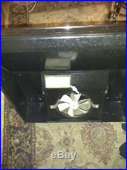Nice 20 Magic Chef RV LPG Three Burner Oven/Stove with 12VDC Hood Maytag black