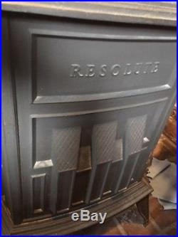 Resolute Vermont Castings Wood Stove 1980