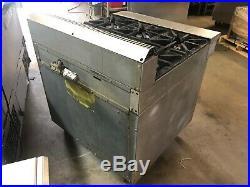 US Range C836-6 36 Natural Gas Heavy Duty 6 Burner Range withOven on Casters
