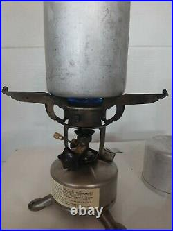 US military WW2 M1942 Mod. Alladin Field Stove with Case, 1945 tested, working