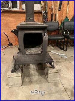 United States Large Size Cast Iron Wood Burning Stove Black, Huge Capacity