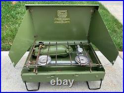 VINTAGE Sears Model 476.72244 2-Burner Camp Stove 1973