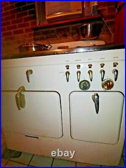 Vintage (1930-40's) White Chambers Stove in working order