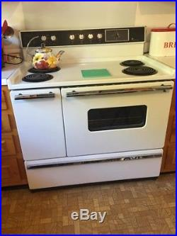 Vintage 1953 White Westinghouse 40 Electric Range Stove and Hood