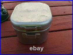 Vintage Coleman 501-800 Single burner stove kit. Used but working