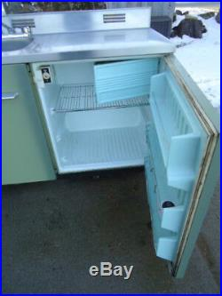 Vintage King Kitchen Sink Refrigerator Stove Retro Kitchen