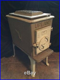 Vintage Model 17 Upland Cast Iron Wood Burning Stove Local Pickup Only