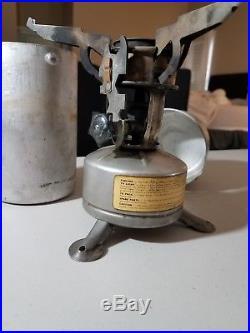 Vintage WWII US 1945 Army Camp Stove Portable Single Burner