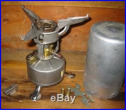 Vintage WWII US Army M-1942 Field Stove withCase PW-1-45 Mountain Troops 1945