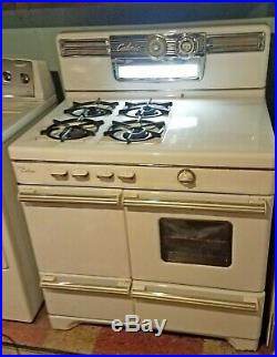 Vintage (c. 1953) Caloric Ultramatic Gas Stove Excellent Working Condition