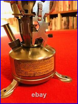 WW2 Mountain Gas Stove M1942-MOD. (C. A. 1945) Coleman & Canister. MINT